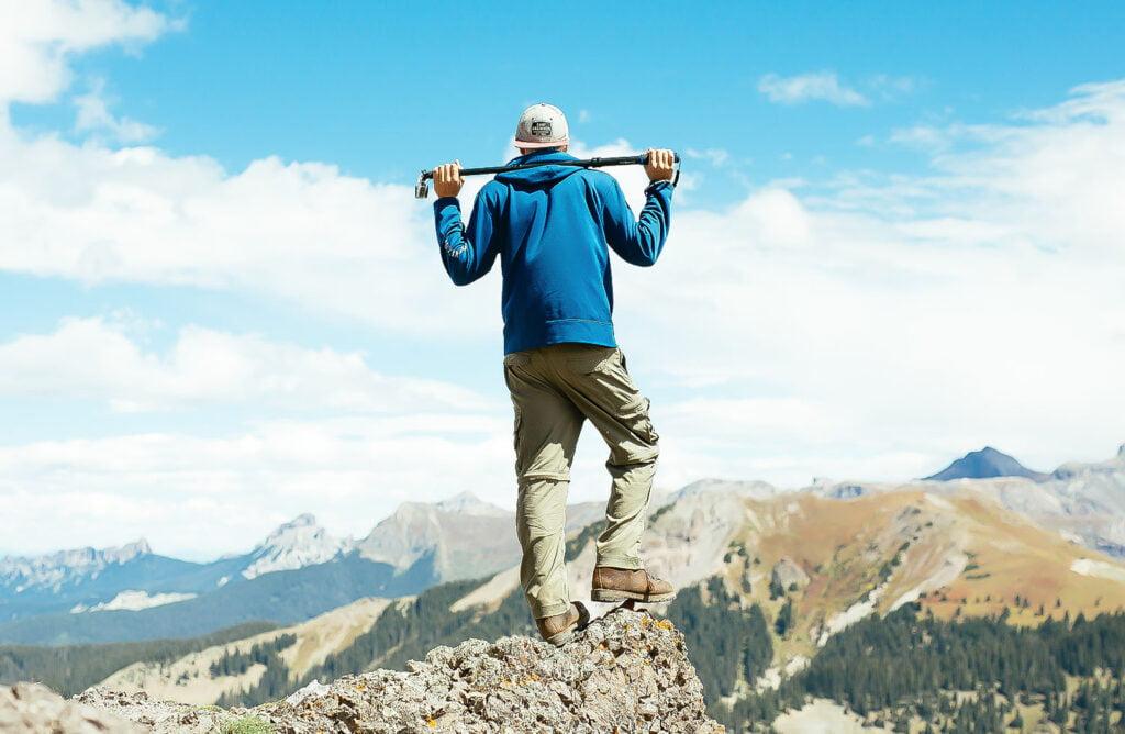 caratteristiche-bastoncini-da-trekking
