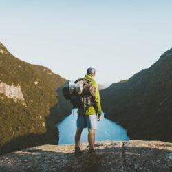 Come preparare e sollevare lo zaino step by stepAttrezzatura Trekking