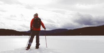 Trekking con ciaspole: guida per principiantiAttrezzaturaTrekking.it