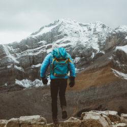 Camminare in Discesa in Montagna: ConsigliAttrezzatura Trekking