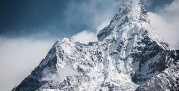 Everest – Nuova altezzaAttrezzaturaTrekking.it